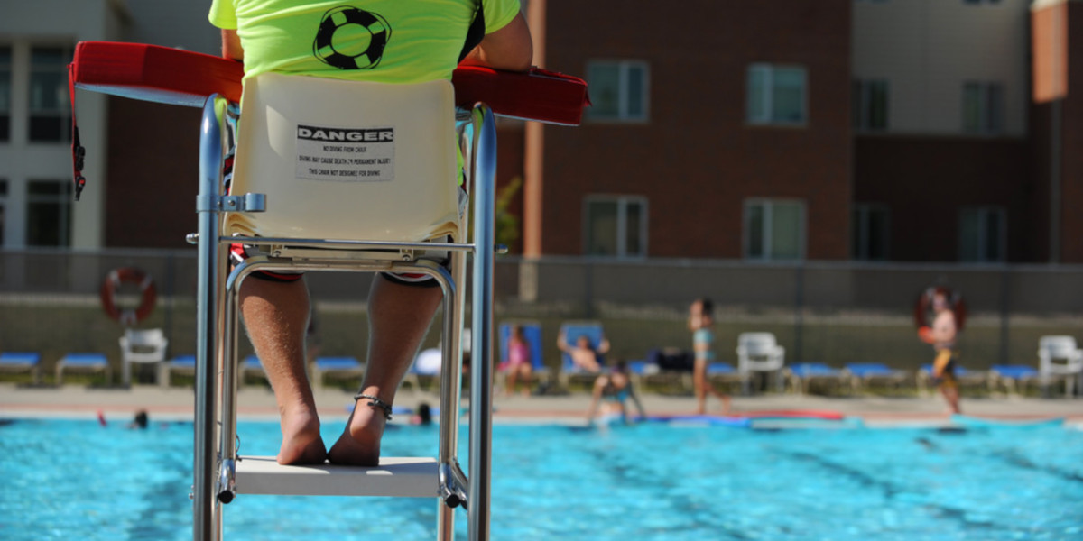 A lifeguard chair is extremely important for a good view and to keep swimmers safe